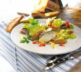 Hollandse maaltijdsalade met sardientjes en croutons