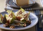 Figs with melted goat cheese